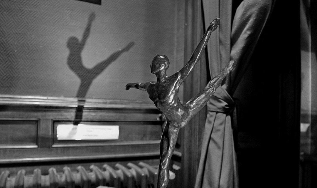 """EXPOSITION MAIRIE DE BAGATELLE """"ENTRONS DANS LA DANSE !"""""""