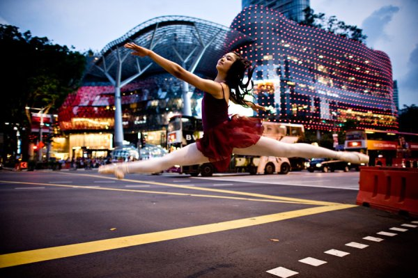 dancer_in_the_streets_photography