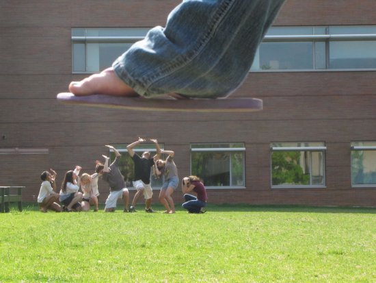 forced-perspective-photography framing