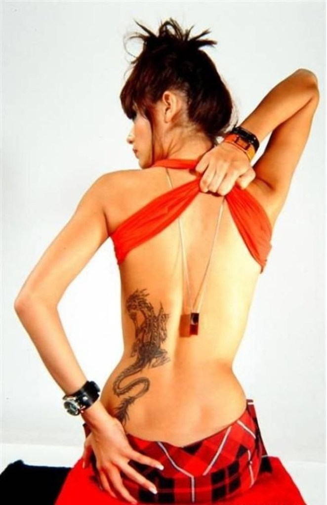 Hot Back Tattoos for Women1 (3)