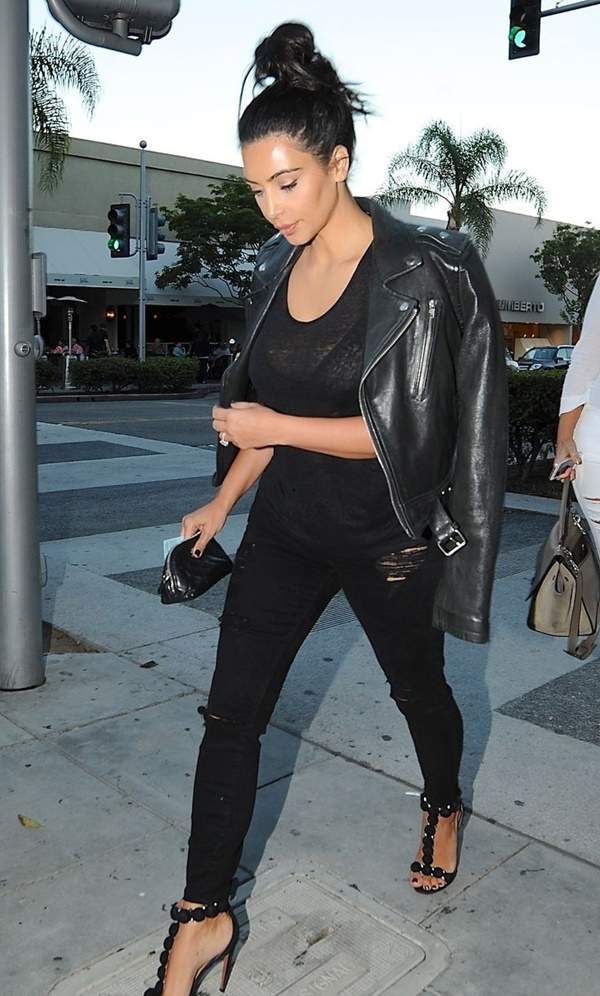 black on black outfits (12)