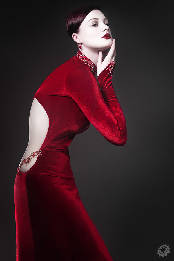 lady_in_red cutout dress