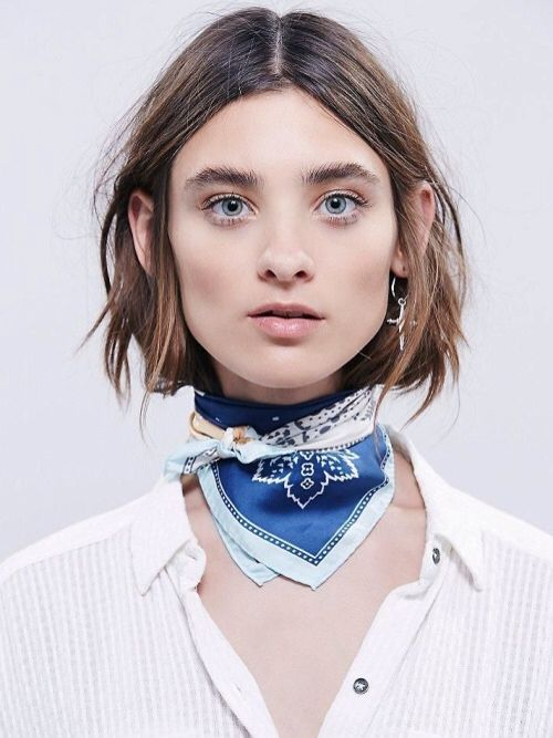 4 Stylish Ways To Wear Choker Scarf 8