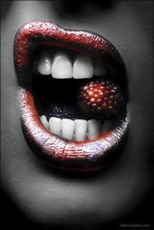 stunning-lip-photography-ideas