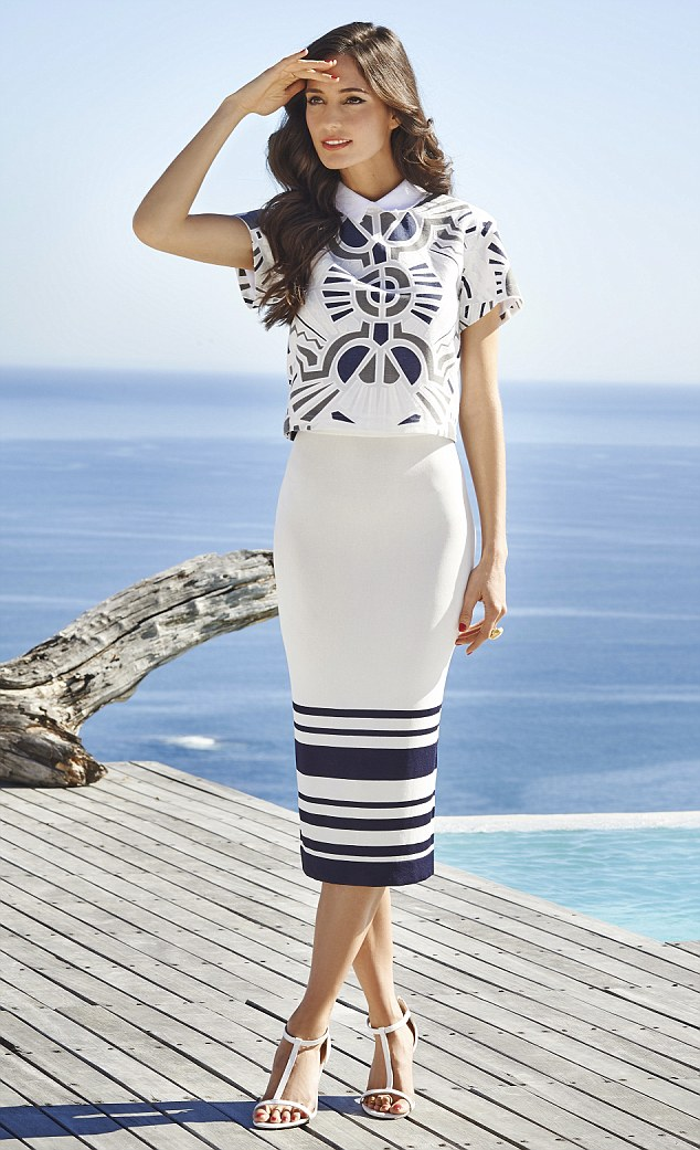 Tips To Get Chic Looks This Summer In Nautical Style