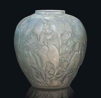 rene_lalique_a_perruches_vase_no_876_designed_1919_d5838275h