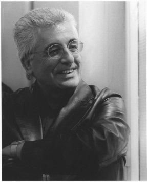El crítico de arte italiano Germano Celant (1940)