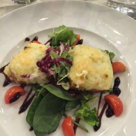 Antipasto with warm chevre cheese at Bio Restaurant, Milan (Photo credit: https://lavaleandherworld.wordpress.com)