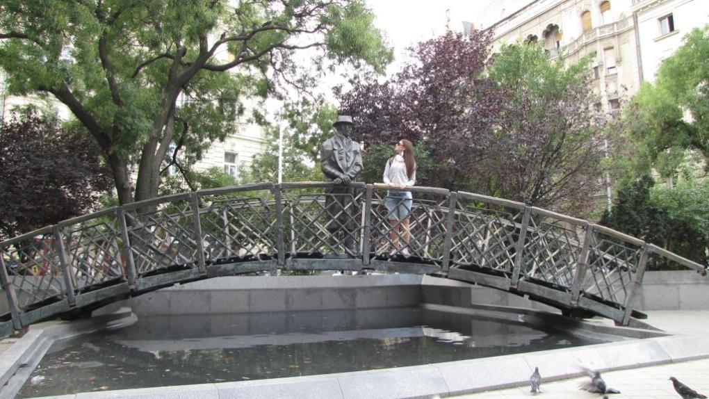 Foto con statue 4