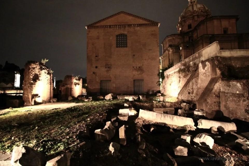 viaggio nel foro di cesare Roma