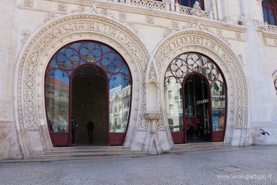 Cosa vedere a Lisbona in tre giorni stazione Rossio
