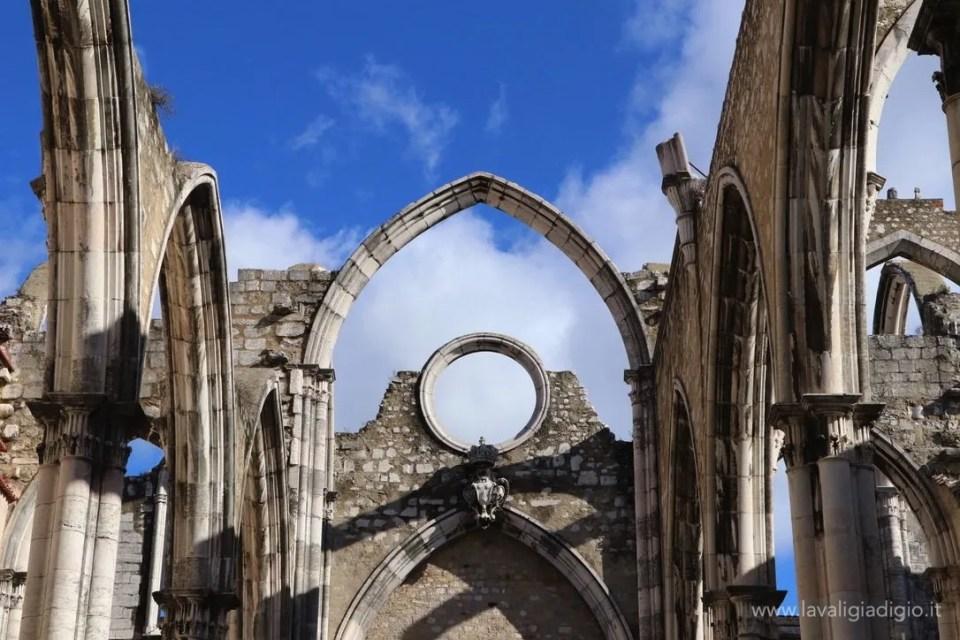 cosa vedere a Lisbona in tre giorni  convento do Carmo