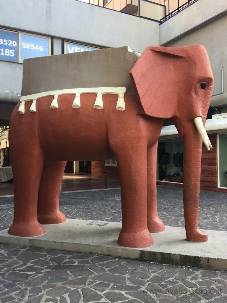 cosa vedere a Pescara in un giorno - elefante di Vicentino Michetti
