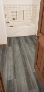 Southwind-Waterproof-Flooring-Authentic-Plank-Hermitage-2