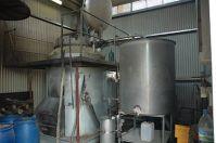 Distilation_Santal,_Alambic