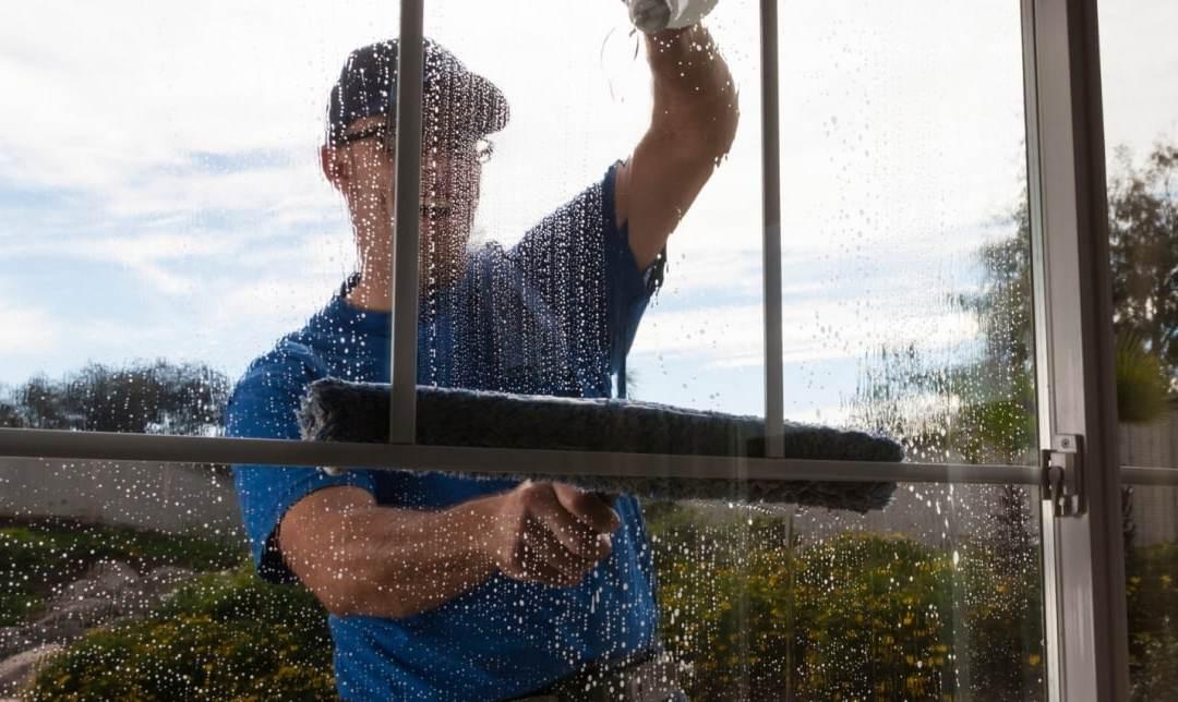 window washing montreal