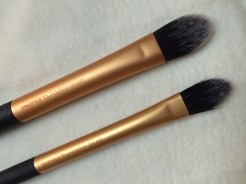 Pointed Foundation Brush & Essential Foundation Brsuh