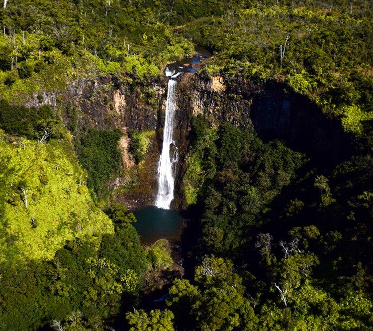 Manawaiopuna Falls - Jurassic Park Falls - Jack Harter Helicopter Tour Kauai