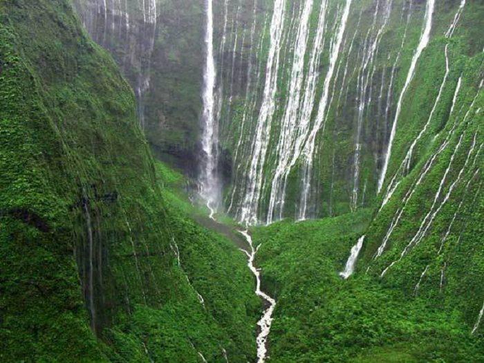 Mount Waialeale - Weeping Wall - Jack Harter Helicopter Tour Kauai