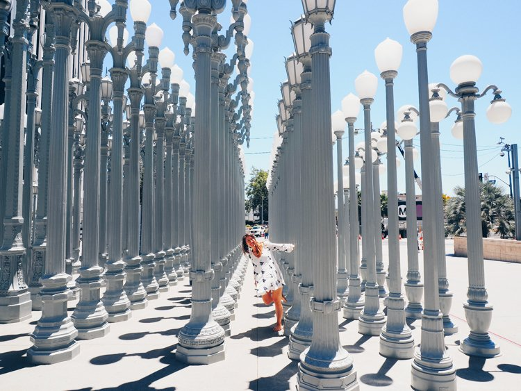 LACMA Los Angeles County Museum of Art - How to Take Amazing Photos of Yourself when Traveling Solo