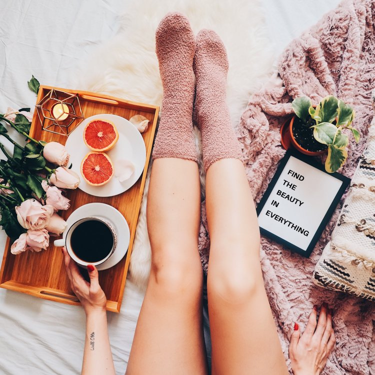 How to Create the Perfect Flatlay