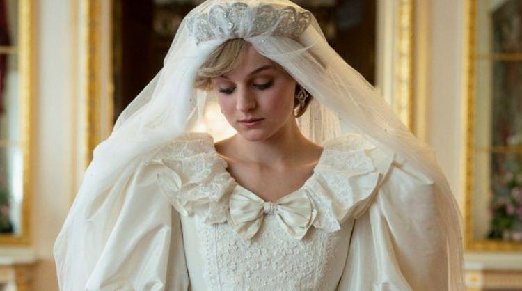 """Emma Corrin fue reconocida por su papel como la princesa Diana en """"The Crown""""."""