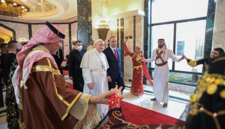 Papa Francisco visita por tres días a Irak