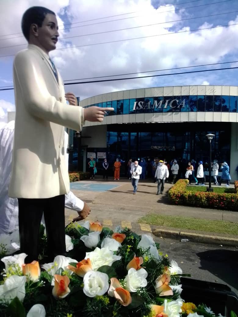 laverdaddemonagas.com imagen del siervo de dios recorrio hospitales de maturin dejando fe y esperanza 4