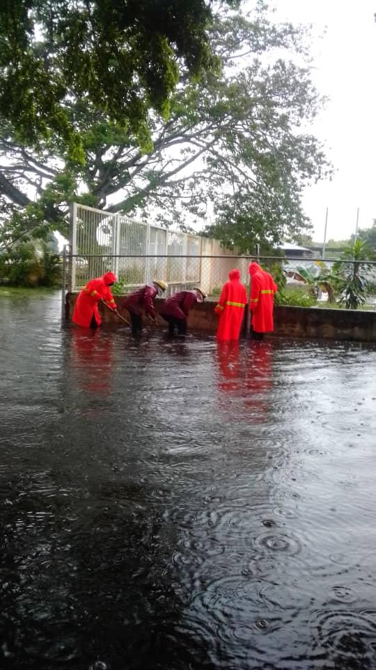 cinco sectores afectados por fuertes lluvias en maturin 1