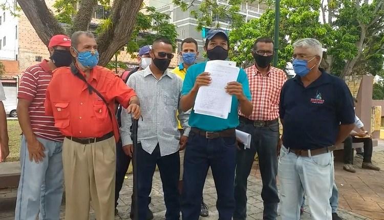 Obreros de Gobernación piden sueldos dignos