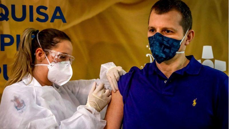 vacunas covid-19 papa francisco