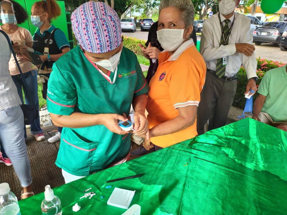todo un exito jornada medica y de vacunacion organizada por farmadon y la drs laverdaddemonagas.com orlando glucosa