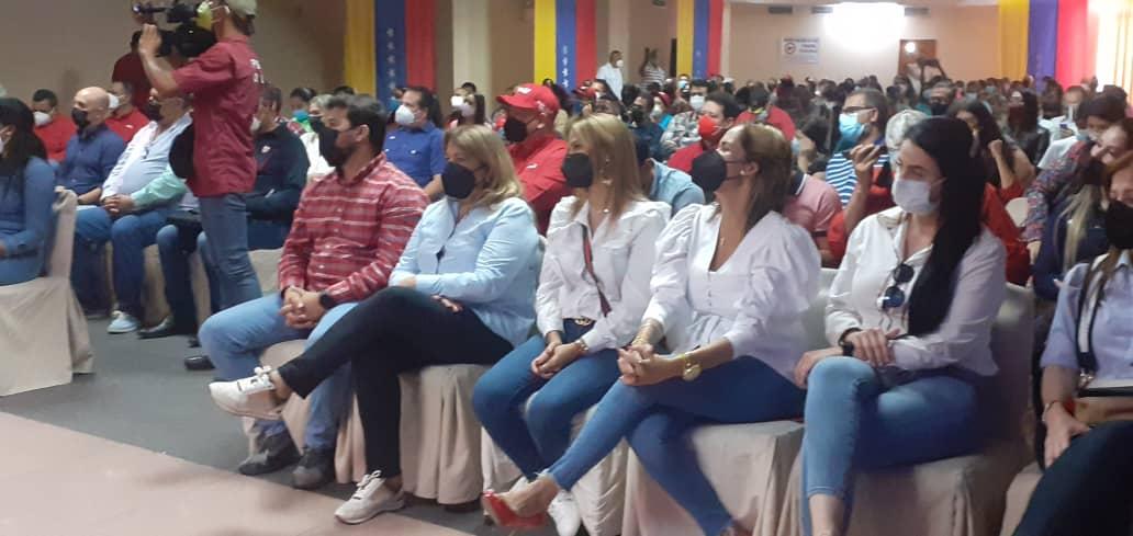 clase media del psuv sostuvo encuentro con santaella y luna laverdaddemonagas.com clase media1