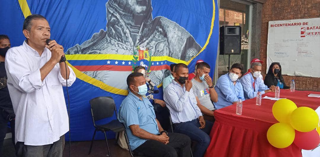 ernesto luna recibe apoyo de estudiantes universitarios laverdaddemonagas.com whatsapp image 2021 07 20 at 8.53.00 pm 1