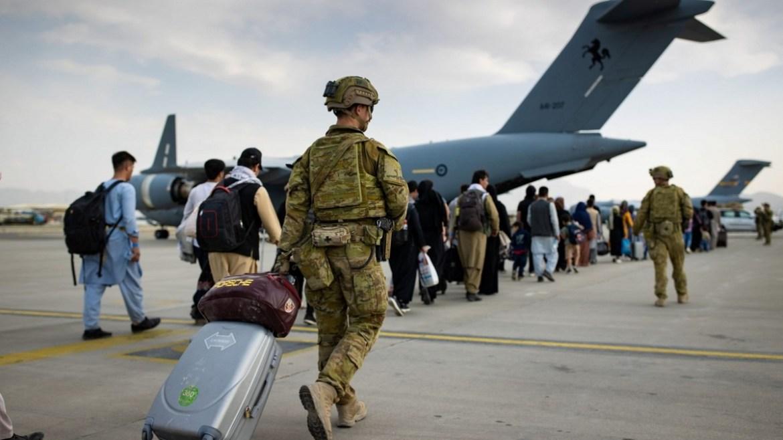 australia recibe al ultimo grupo de evacuados de afganistan laverdaddemonagas.com australia u
