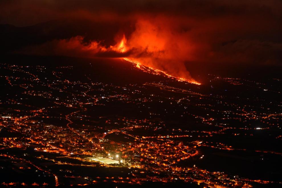 la palma se prepara para explosiones y gases nocivos al llegar la lava al mar laverdaddemonagas.com 6147bbc41ba1a