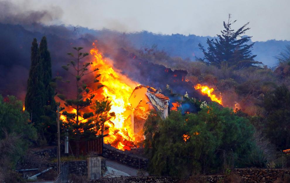 la palma se prepara para explosiones y gases nocivos al llegar la lava al mar laverdaddemonagas.com 614856984ab47