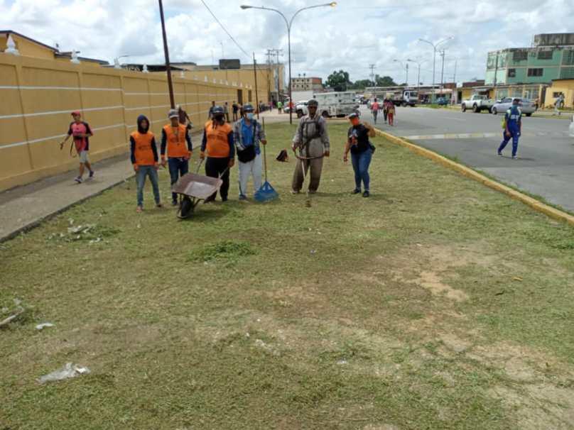 motorizados le brindan una gota de amor a las escuelas de monagas laverdaddemonagas.com 6d759499 8f22 488b b47c ba3cb7fb8bfd 1