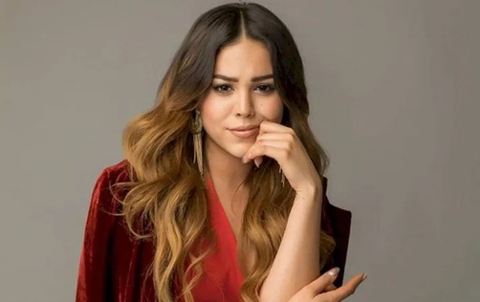 Danna Paola gets romantic with fellow Elite and it is not George Lopez
