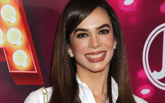Biby Gaytán supersedes Galilea Montijo with an amazing look of spring, Diva!