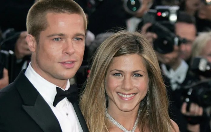Singer reveals the truth about the new friendship of Brad Pitt and Jennifer Aniston