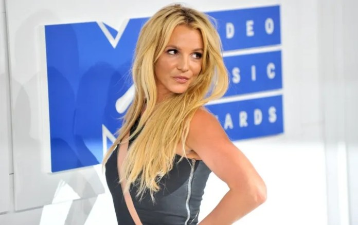 Mood Ring Britney Spears finally will be on all the streaming platforms