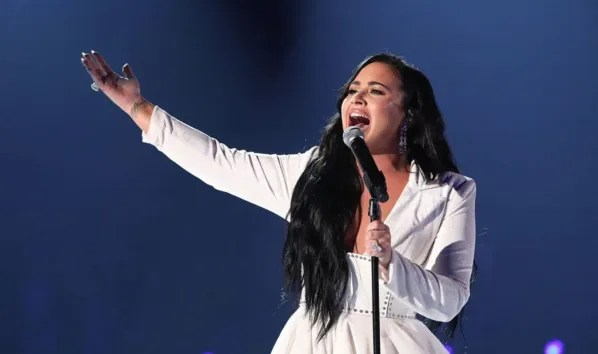 """Demi Lovato speaks without filters: """"The first time I was sober was at 19"""""""