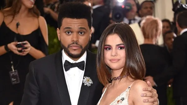 """Selena Gomez premiered """"Souvenir,"""" and fans are convinced that it is about The Weeknd"""