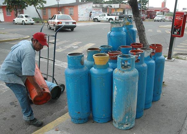 SUBE Y SUBE  gas de cocina (GLP) y otros combustibles; aumentarán entre RD$1.00 y RD$2.50