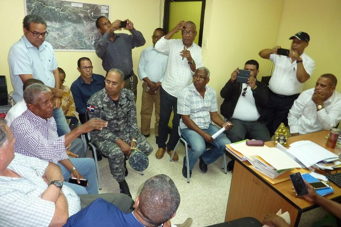 NEIBA: Afirman falta de desalojo impide construcción de hospital San Bartolomé