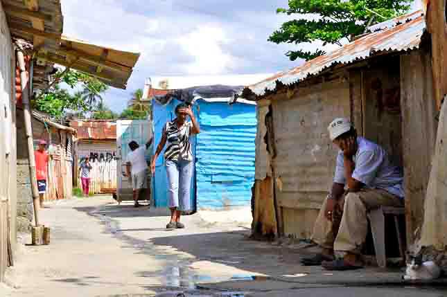 BID destaca crecimiento CA y Dominicana pero subraya pobreza