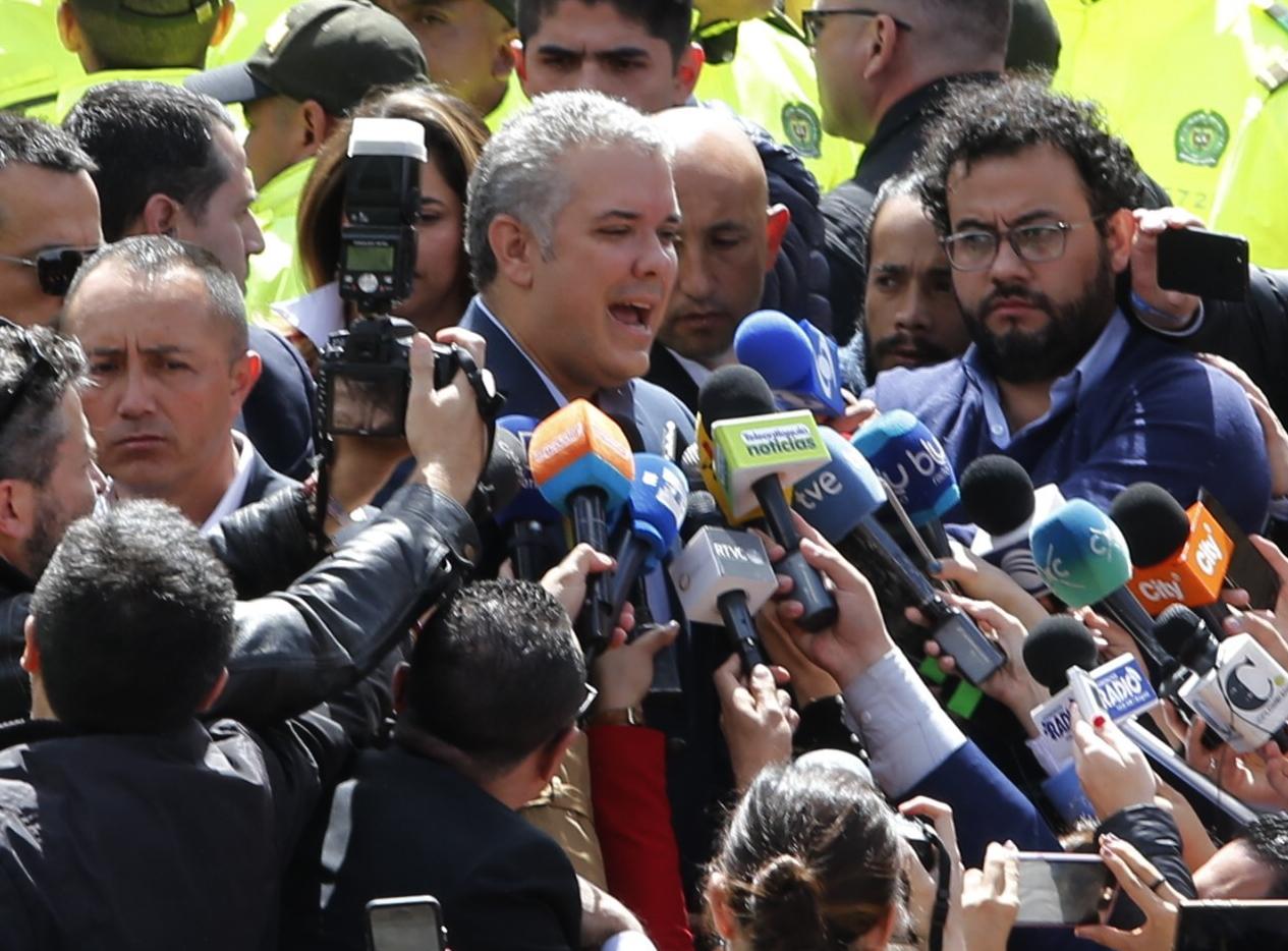 Iván Duque resulta ganador de elecciones de Colombia
