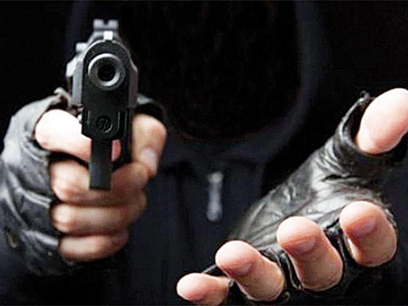 BARAHONA: Asaltan gasolinera a punta de armas de fuego; golpean administrador