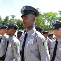 Policías no pagarán pasajes en OMSA, Metro y Teleférico